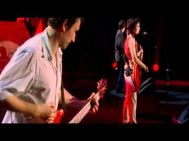 The Cranberries - Zombie @ Live In Paris DVD 1999 (HD)