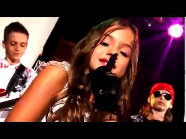 Очень красивые детские клипы и песни о любви! Супер позитивное видео!!