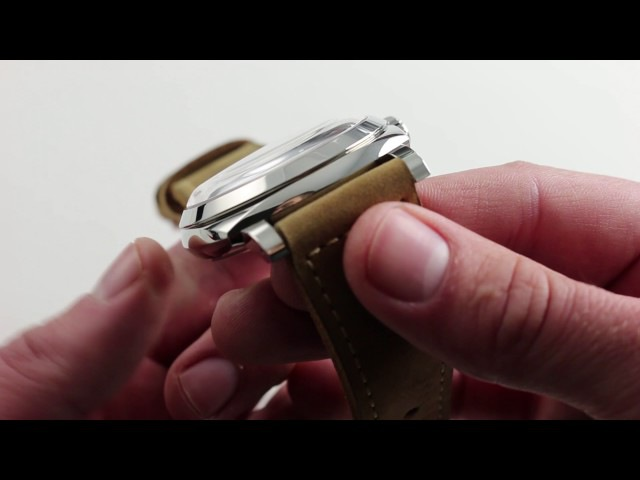 Panerai Radiomir 1940 3 Days PAM 690 Luxury Watch Review