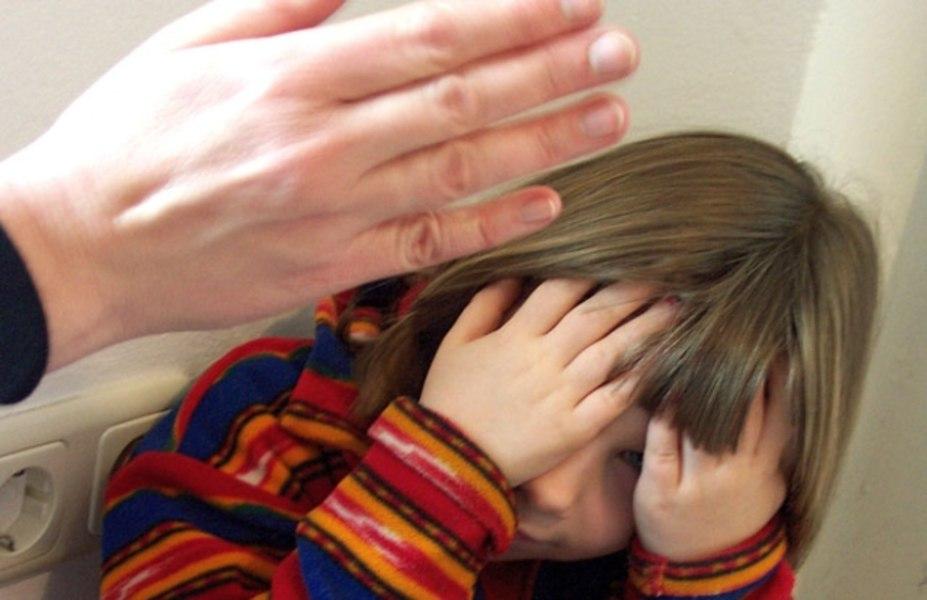 Приемной матери убитой вЛюдинове девушки предъявили обвинение