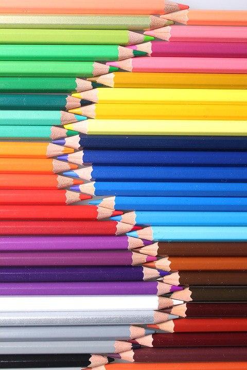 Карандаши и краски: 24 яркие фотографии