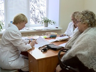 Больше 3 тысяч вологжан получили консультацию на выездных приемах врачей