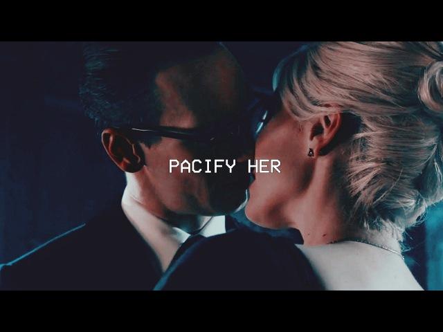 Edward × oswald | pacify her