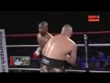 Рой Джонс в свои 48 лет, ломает сопернику нос и побеждает досрочно !!! - YouTube [360p]