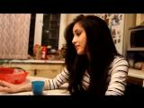 милая девушка на кухне нереально круто поет!!! (Melissa Elle - Elle)_(360p)