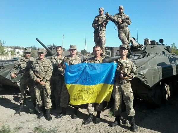 Россия сформировала в зоне АТО 40-тысячную группировку, из которых 5 тысяч – регулярные войска, - Полторак - Цензор.НЕТ 5378