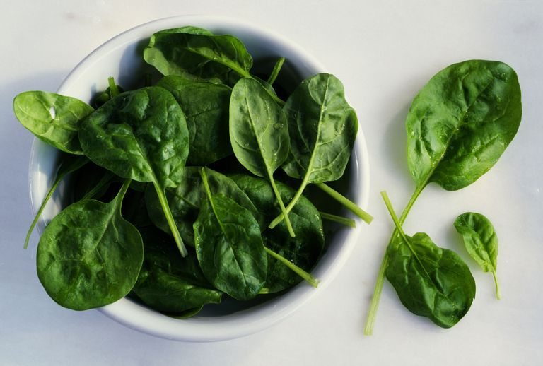 Чем полезен шпинат для организма?