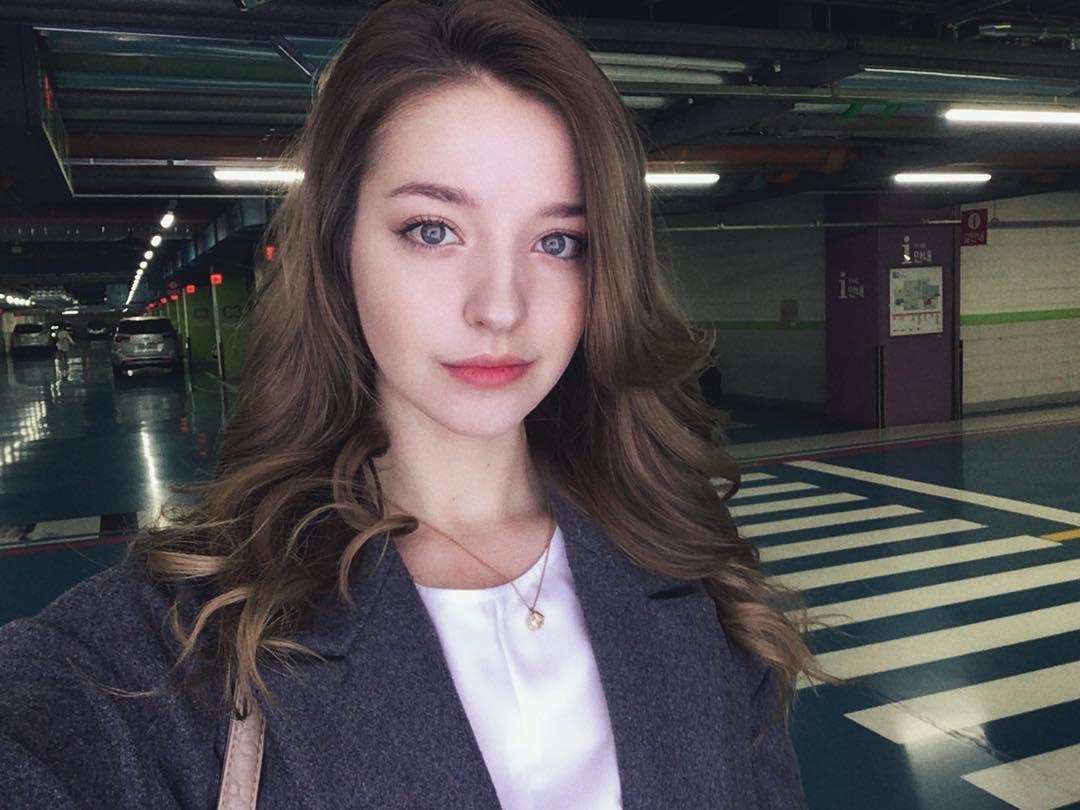 не работает инстаграм Twitter: 20-летняя петербурженка стала звездой в Южной Кореи
