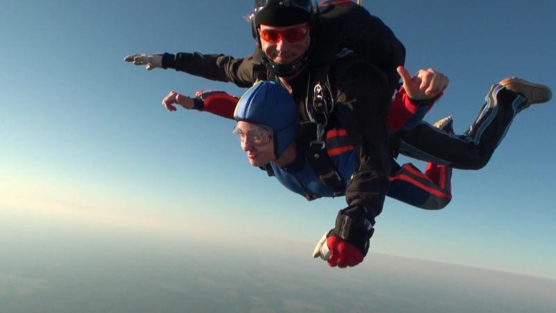 Первый прыжок моей Настены 4000м Аэроклуб Киржач аэроклубкиржач dzкиржач парашютисты тандем первыйпрыжок