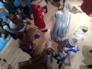 Танцуем и поем с дедушкой морозом