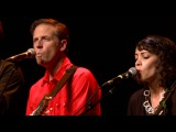 Calexico - Moon Never Rises (eTown webisode #917)