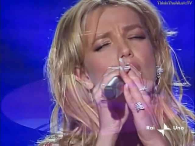 Britney Spears CAN SING LIVE WELL - I'm Not A Girl, Not Yet A Woman 100% LIVE VOCALS!