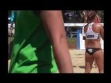 Волейболистки на пляже в миниатюрных трусиках