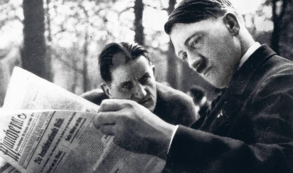 Эрнст Ганфштенгль и Адольф Гитлер