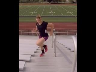 Упражнения на ступеньках