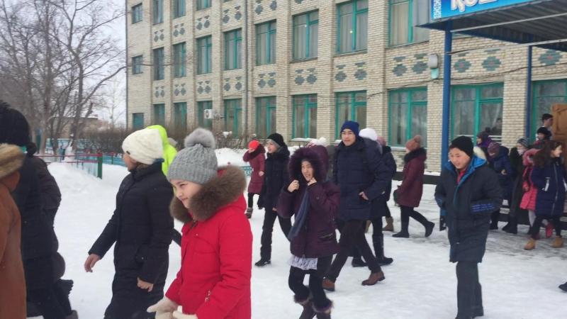 Учения ГО эвакуация учащихся СШ №1 г Степняка