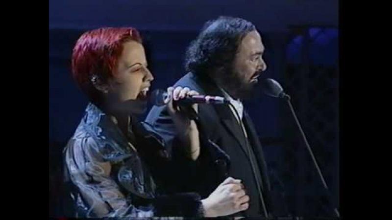 Dolores O'Riordan Pavarotti - Ave Maria