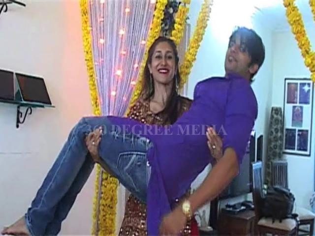 What a love of Karan Bohra and Teejay Sidhu Posses for Love You Soniyo-Ganesh Chaturthi 2013