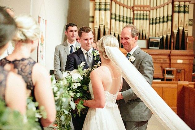 JZVBIkcwLZM - Необыкновенно романтическая свадьба (30 фото)