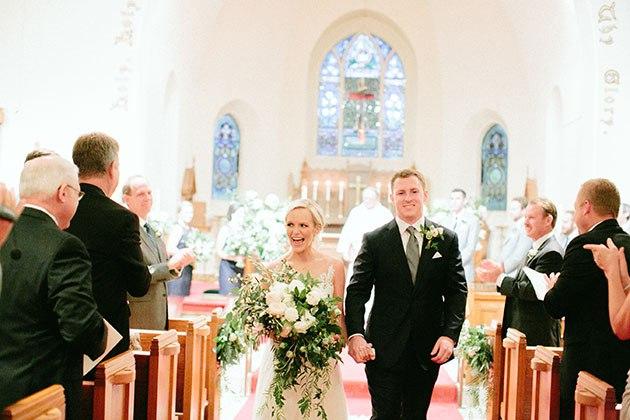 gE65zxuBKYE - Необыкновенно романтическая свадьба (30 фото)