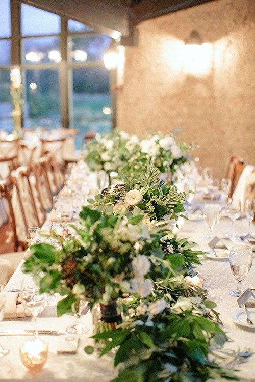XhK4Fu VukQ - Необыкновенно романтическая свадьба (30 фото)