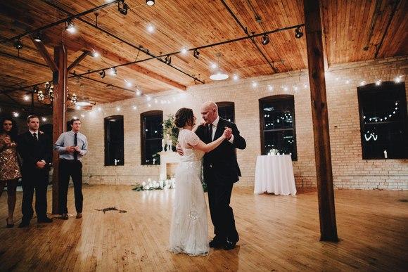 MC9sKl0JTrE - Свадьба Тайлера и Лорен (30 фото)