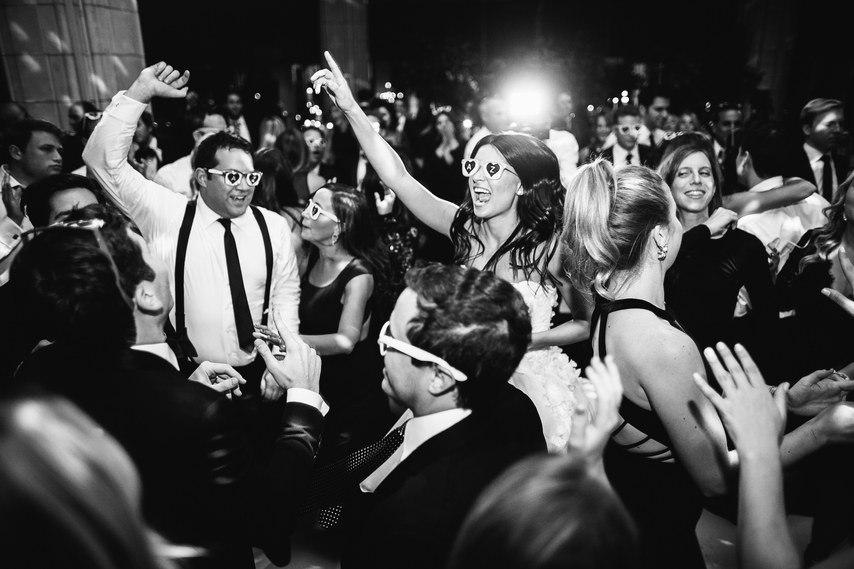 a0kvU4Zd2b4 - Свадьба в черно-белом стиле (30 фото)