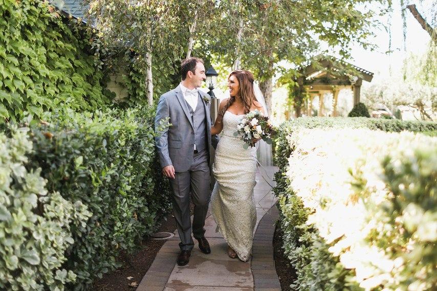 9O29iD9cnZY - Свадьба у подножия утеса (30 фото)