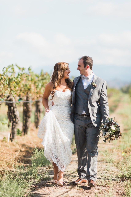Свадьба у подножия утеса (30 фото)