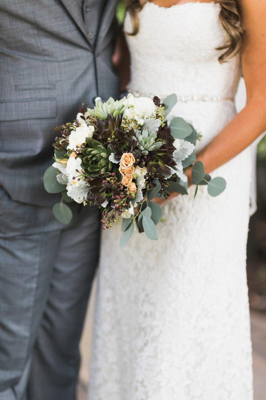 fBtxqCE3N7U - Свадьба у подножия утеса (30 фото)