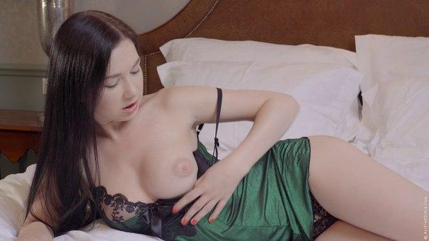 AllFineGirls – Bed Single Girl – Daphne Double