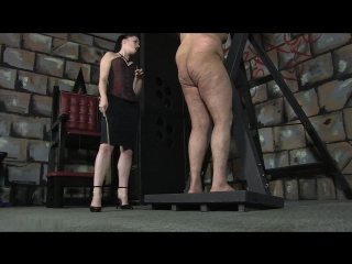 Xhamster.com_6083099_sexy_mistress_caning_male_slave_720p