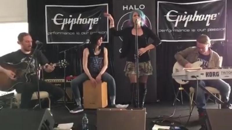 Allison Iraheta Halo Circus (2017, ASCAP) » Freewka.com - Смотреть онлайн в хорощем качестве