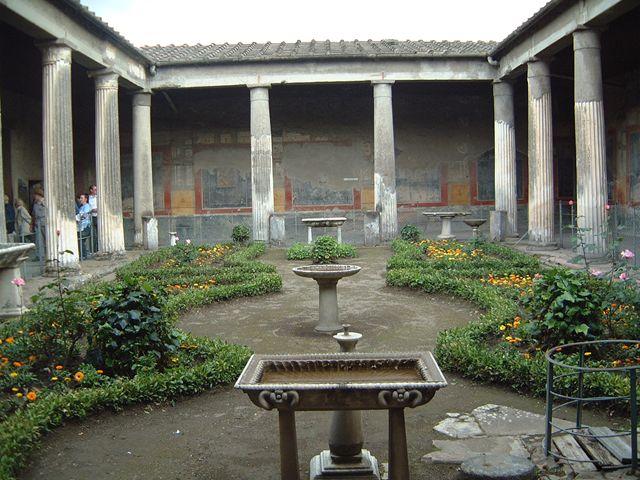 Римский дом. Перистиль (peristyl) и Виридарий (viridarium)