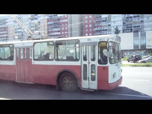 Троллейбус ЗиУ 682Г № 3322 г. Тольятти. Улица Революционная