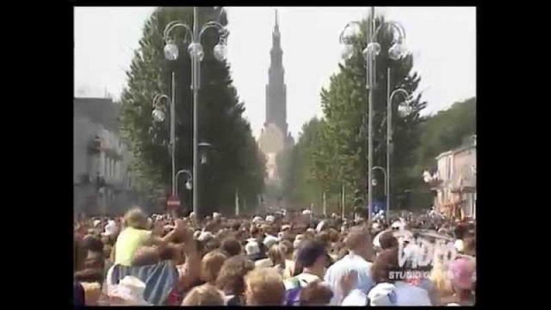 Droga film o pielgrzymujących na Jasną Górę Rosjanach podczas VI Światowych Dni Młodzieży 1991