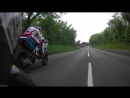 Michael Dunlop hunts down Bruce Anstey in the 2016 Senior TT Race