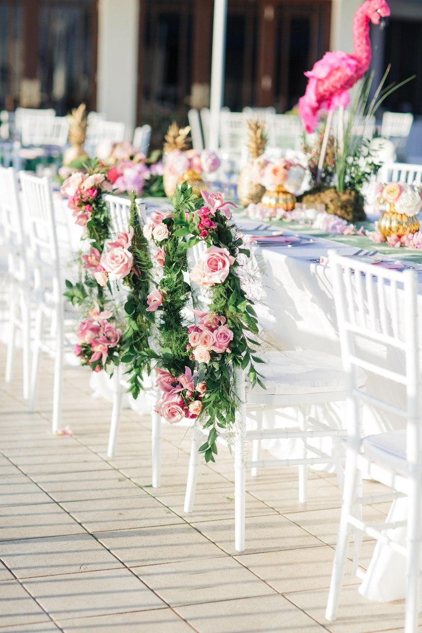 Свадьба в сердце мегаполиса. Поздравление с юбилеем совместной жизни. Ведущий на свадьбу в Волгограде: +7(937)-727-25-75 и +7(937)-555-20-20 . Павел Июльский.