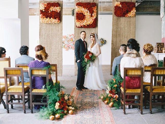 ITLuE3jbJI - Свадьба в стиле романтического творчества Шекспира (30 фото)