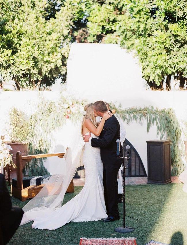 0L7Mj2YlTsw - Свадьба в стиле бохо и гламур (44 фото)