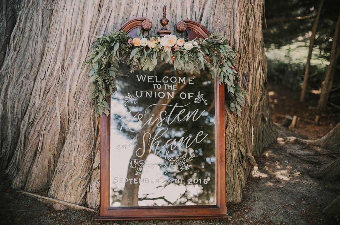 Fua5UIqQAU - Свадьба в заповедном лесу на берегу океана (26 фото)