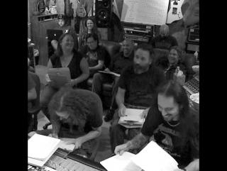 Первые впечатления членов фан-клуба от прослушивания альбома Hardwired... To Self-Destruct