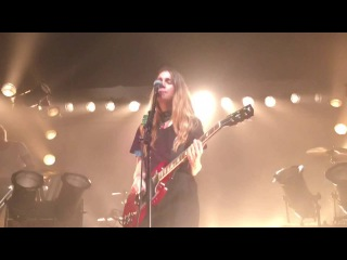 Haim - Nothing's Wrong (new song) - Flagstaff, AZ 05/18/16