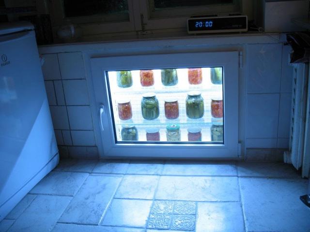 Ниша под окном на кухне Что будем делать