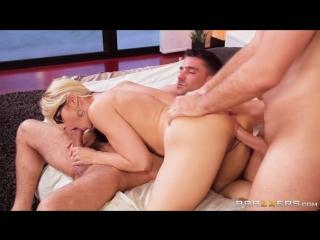 Sarah Vandella amp Keiran Lee amp Toni Ribas Her First Big Sale [Anal,Big Tits,Blonde,Cheating,Couples Fantasies,Threesome]