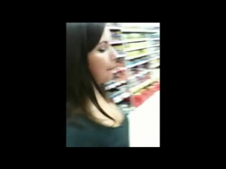 Эксгибиционистка в супермаркете (exhibitionist) [18 +]