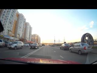 Неудавшийся разворот на перекрестке, ул.Бульвар дд с пересечением ул.старобитцевская