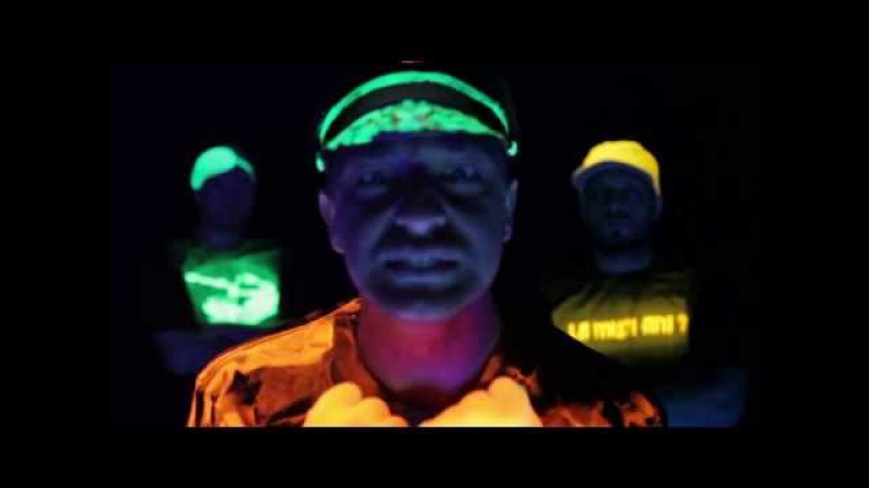 Parazitii feat. Dan Lazar - Toate-s La Fel ( necenzurat ) HD » Freewka.com - Смотреть онлайн в хорощем качестве