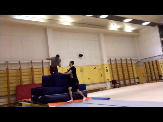 Школа акробатики № 1 Игорь Шапошников Тренировка на двойной бланш
