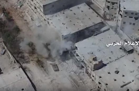 Беспилотник заснял бои сирийской армии с боевиками в Алеппо